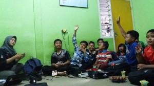 Antusiasme anak-anak bimbel sosmas